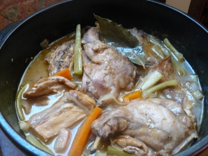 rabbit-stew-in-pan