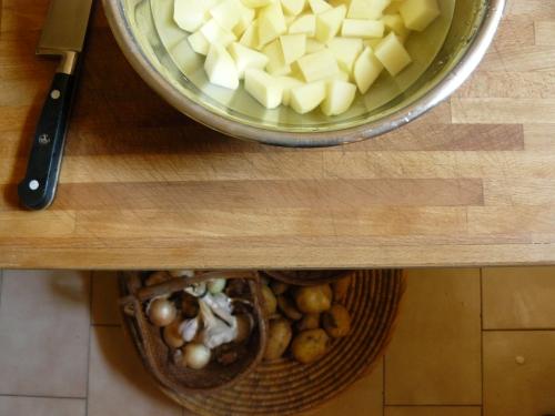 potatoes soaking